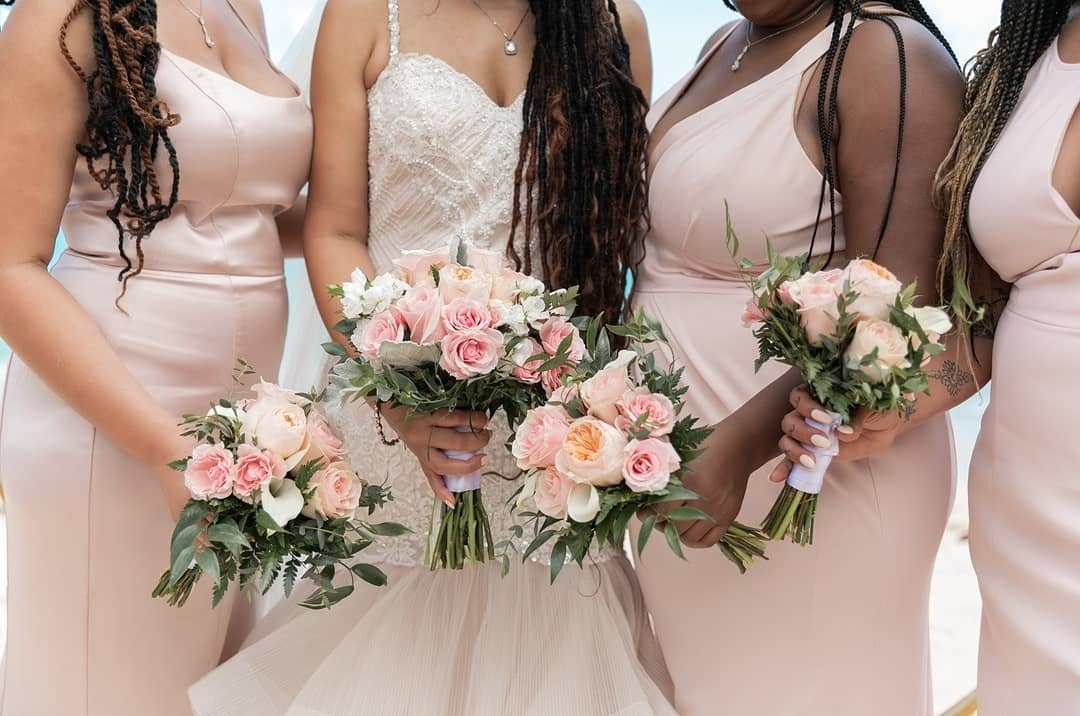 Pink maids...pink flowers....pink hearts 💞💞💞 Hope you are enjoying your Valentine's Day! Photo by @crownimagesvi Flowers by @eastendflowersho