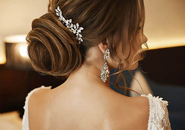 Wedding hairstyles for the perfect look.
